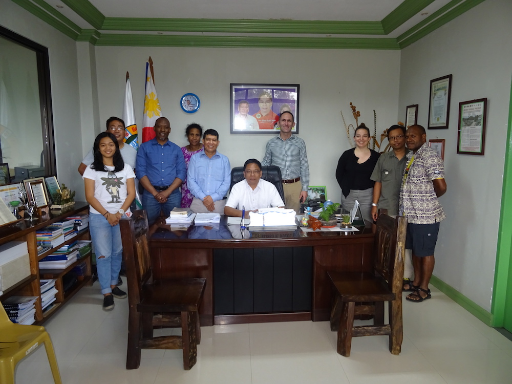 Project Team meets Mayor Eliseo Ruzol