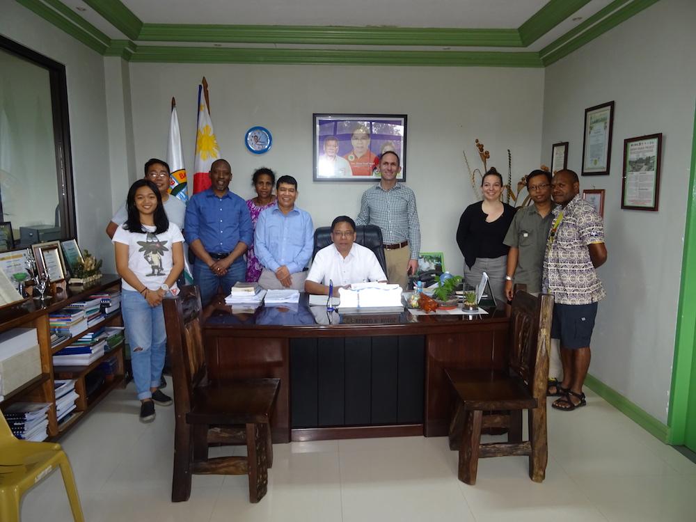Project Team meets Mayor Eliseo Ruzol