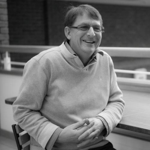 Des Mahony, Senior Lecturer